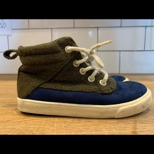 Old Navy-size 10 Little boys shoes